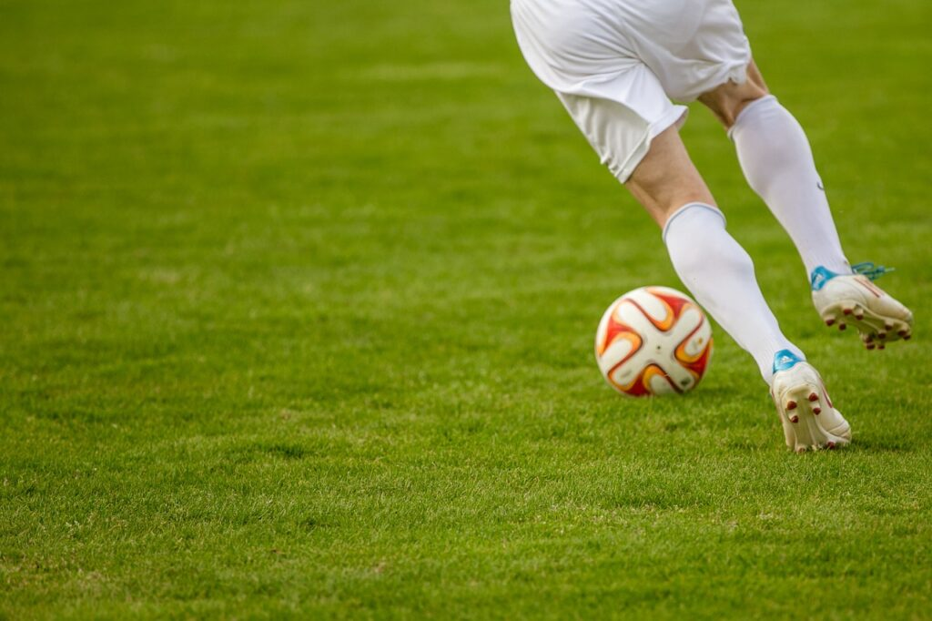 The Benefits of Joining a Sports Club in Your Teens